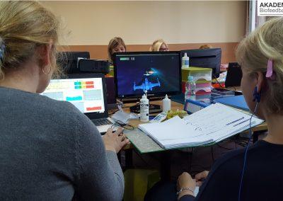 Trening Biofeedback EEG na planszy stymulacyjnej Lot w przestrzeni - Elmiko